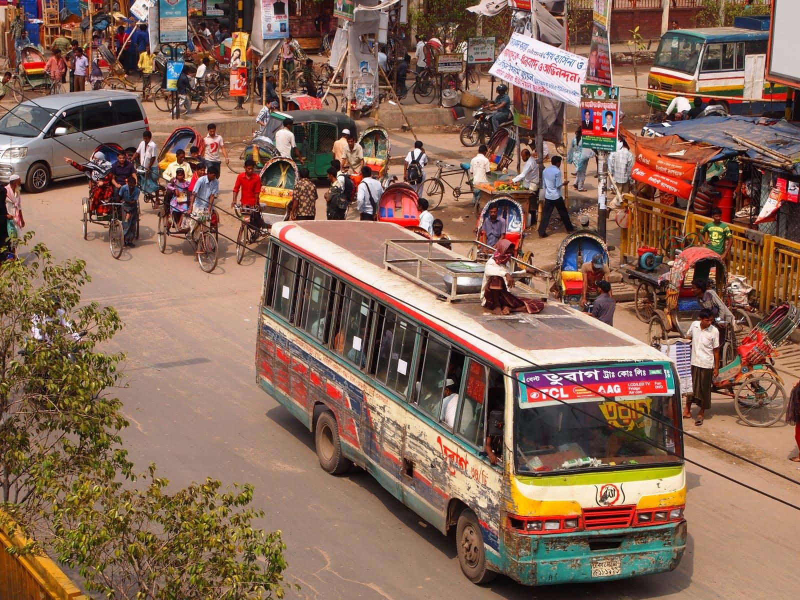 tulsi crafts bezoekt dhaka bangladesh verkeer