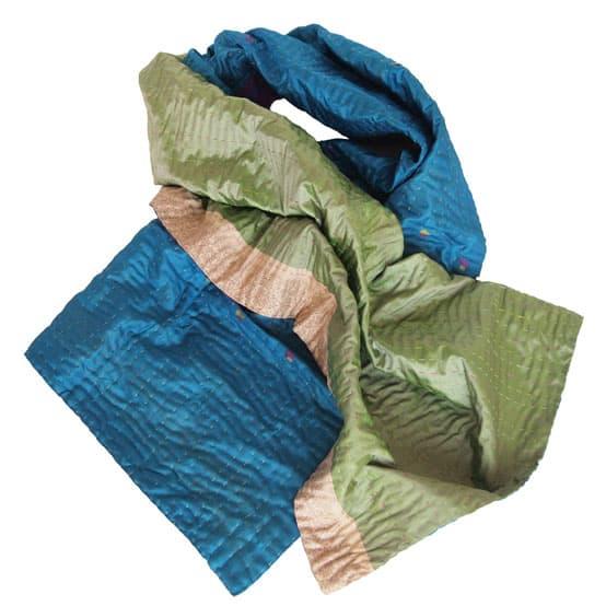 sjaal zijde sari kantha caterpillar overview
