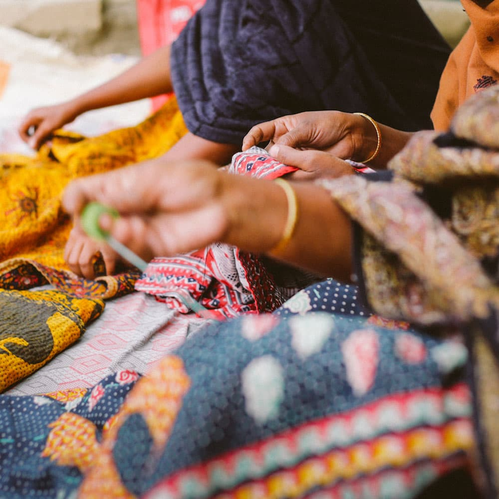 fair trade productie kantha sari dekens