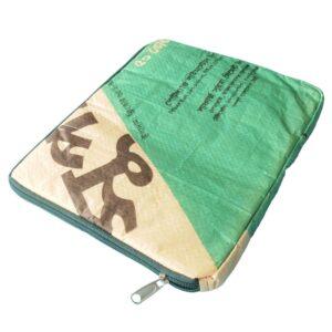 tablet ipad sleeve gerecyclede cementzak fairtrade
