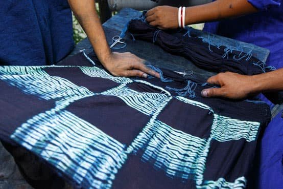 shibori scarf dyeing with indigo fairtrade bangladesh