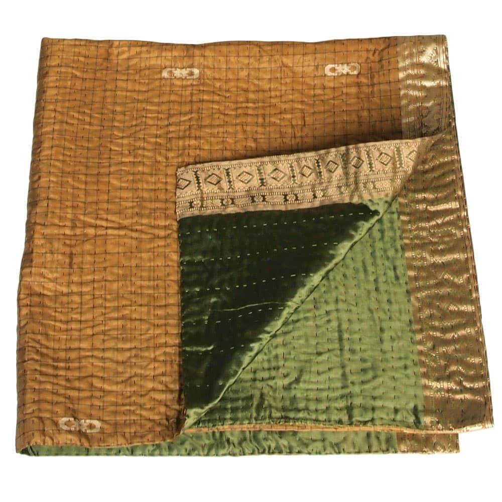 zijden sprei urmi bangladesh